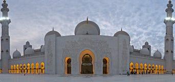 zayed的阿布扎比清真寺 图库摄影