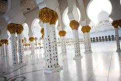 zayed Abu Dhabi storslagen moskésheikh Arkivfoton
