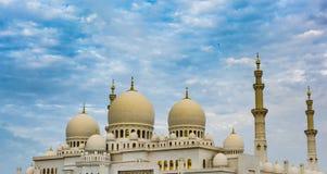 zayed Abu Dhabi storslagen moskésheikh Arkivbild