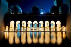 zayed moskéshaikh Arkivfoto