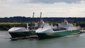 Zbiorników statki przy Southampton zdjęcie royalty free