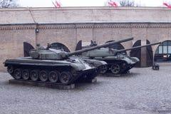 Zbiornik na ulicie muzeum w Polska flaga shine zdjęcie stock