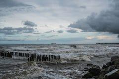Zbiornika statek przy morzem podczas burzy Obraz Royalty Free