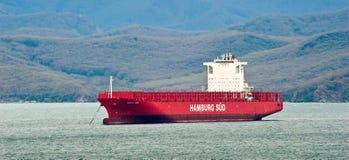 Zbiornika statku Santa Ines pozycja na drogach przy kotwicą Nakhodka Zatoka Wschodni (Japonia) morze 03 05 2014 Obrazy Stock