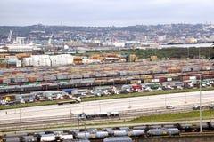 Zbiorniki Stać w kolejce i Brogujący przy Durban schronienia wejściem Zdjęcie Stock