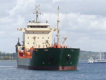 Zbiornikowiec Do Ropy statek w schronieniu Obrazy Stock