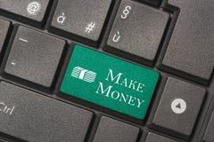 Zbliżenie obrazek Robić pieniądze guzik klawiatura nowożytny komputer fotografia stock