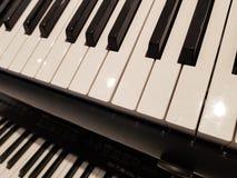 zbliżać się klawiaturę, tło i teksturę muzykalnych, fotografia stock