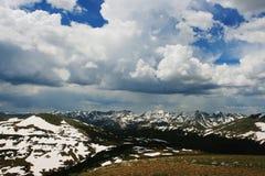 zbliżamy się do Colorado do góry hdr parku narodowego burzowe skalistą zimę Obraz Royalty Free