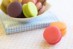 Zbliżeń kolorowi macarons Fotografia Stock