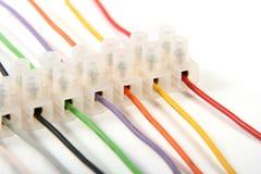 zbliżenia kolorowych włączników elektryczni druty Fotografia Royalty Free