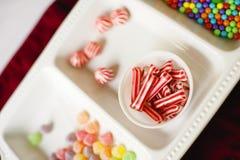 Zbliżenie Asortowany i Kolorowy Chistmas cukierek obrazy stock
