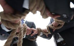 zbliżenie biznesu mienia drużynowa arkana tworzy okrąg Zdjęcie Stock