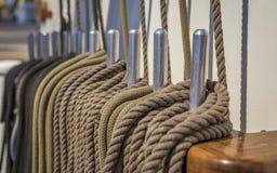 Zbliżenie coiled arkana na statku pokładzie Zdjęcie Stock