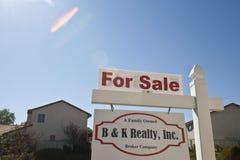 Zbliżenie 'Dla sprzedaży' znak Zdjęcia Royalty Free
