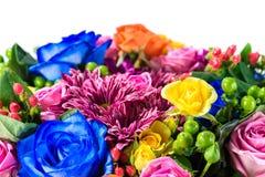 Zbliżenie drogi bukiet kwiaty odizolowywający na białym backgr Zdjęcia Stock