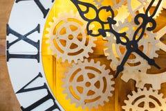 Zbliżenie duża czarodziejka jak zegar z zegarka mechanizmem Zdjęcie Stock