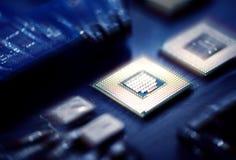 Zbliżenie elektronika komputerowych składników mikroprocesorów mainboard fotografia royalty free