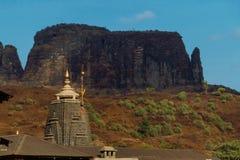 Zbliżenie jyotirling Trimbakeshwar Shiva świątynię shikha obrazy royalty free