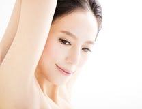 Zbliżenie kobiety piękna młoda uśmiechnięta twarz Zdjęcie Stock