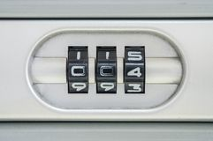 Zbliżenie kodu liczba dla kędziorka stary walizki tło z 004 hasłem Zdjęcia Royalty Free