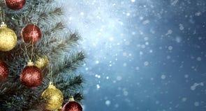Zbliżenie kolorowi dekorujący chritmas drzewni zdjęcie royalty free