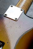 Zbliżenie kona pęknięcie na sunburst gitarze Zdjęcia Stock