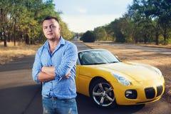 Zbliżenie młody modny męski kierowca Fotografia Stock