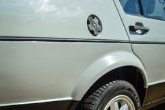 Zbliżenie na szarej samochodowego ciała powierzchni obraz stock