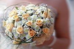 Zbliżenie obrazek panny młode poślubia bukiet Fotografia Royalty Free