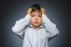 Zbliżenie smutna chłopiec z zmartwionym zaakcentowanym twarzy wyrażeniem Obraz Royalty Free
