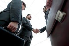 zbliżenie Spotkanie partnery biznesowi obrazy stock