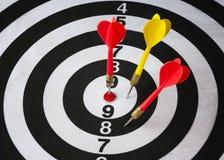Zbliżenie strzałki deska z strzała Fotografia Stock