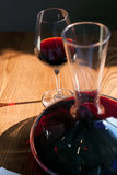 Zbliżenie szkło i karafka czerwone wino Obraz Stock