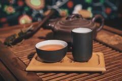 Zbliżenie ustawiający Porcelanowa herbata Obrazy Stock