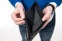 Zbliżenie wizerunek mężczyzna trzyma emty portfel obraz stock
