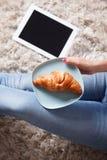 Zbliżenie wyśmienicie croissant Zdjęcie Royalty Free