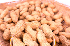 Zbliżenie Groundnuts w koszu Fotografia Royalty Free