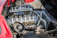 zbliżenie widok stary rocznika sportowego samochodu silnik Zdjęcia Stock