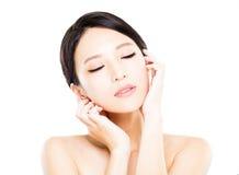 Zbliżenie młodej kobiety twarz z czystą skórą Zdjęcia Stock
