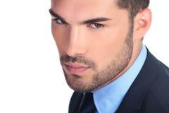 Zbliżenie obrazek poważny młody biznesowy mężczyzna Zdjęcie Stock