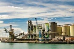 Zbożowi silosy przy Portowym Catania obrazy royalty free