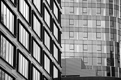 zbudować nowoczesnego urzędu budynek architektury szczegółowo nowoczesnego czarny white Obraz Royalty Free