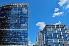 zbudować nowoczesnego urzędu budynek architektury szczegółowo nowoczesnego Obrazy Royalty Free