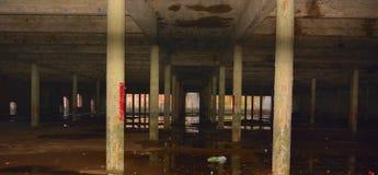 Zdewastowany pusty ciemny miejsce zdjęcie royalty free