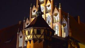 Zdjęcie pałac w Polska przegapia wysokie góry Styczeń 2019 - przy nocą - miejsce dla pinkinu - obraz royalty free