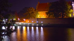 Zdjęcie pałac w Polska przegapia wysokie góry Styczeń 2019 - przy nocą - miejsce dla pinkinu - fotografia stock