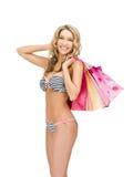 zdojest bikini uwodzicielskiej zakupy kobiety Zdjęcie Royalty Free