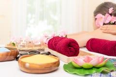 Zdrojów ręczniki i zdrojów produkty zdroju łóżko Fotografia Royalty Free