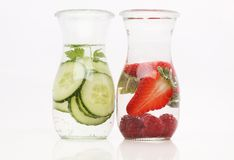 Zdrowa detox woda z owoc Zdjęcia Royalty Free